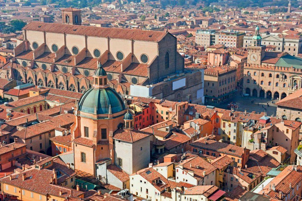 Da Bologna in tour alla scoperta dell'Italia