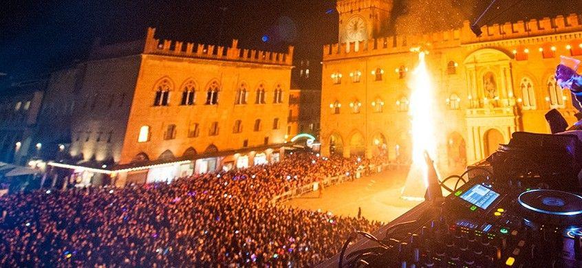 Capodanno 2020 a Bologna con cenone al Papylla