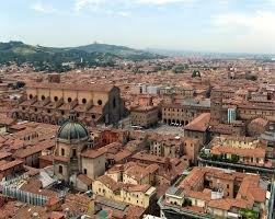 A spasso per il centro storico di Bologna
