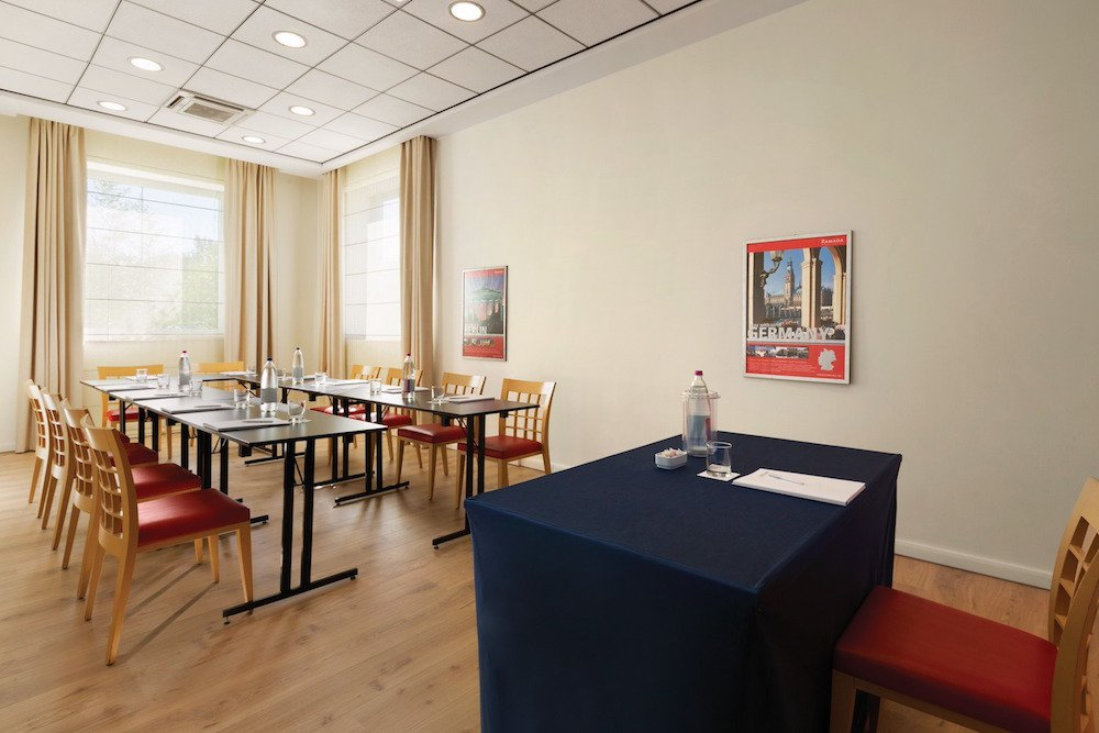 red room hotel bologna